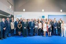 El acto de reconocimiento a los embajadores madrileños.