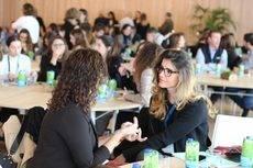 Durante el foro se han producido numerosos encuentros entre organizadores de eventos y proveedores locales.