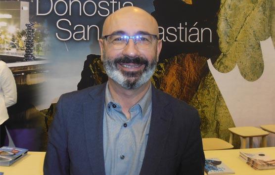 Manu Narváez: 'Trabajar con los profesionales locales está funcionando'