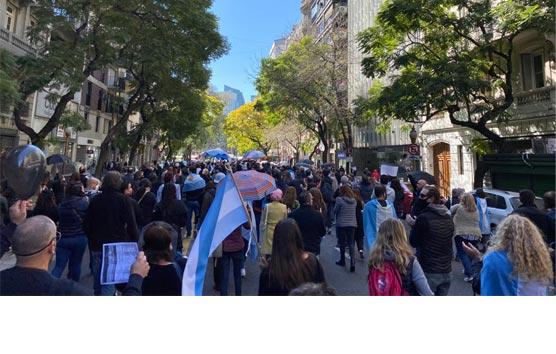 Las empresas del Sector argentino se manifiestan contra el Gobierno