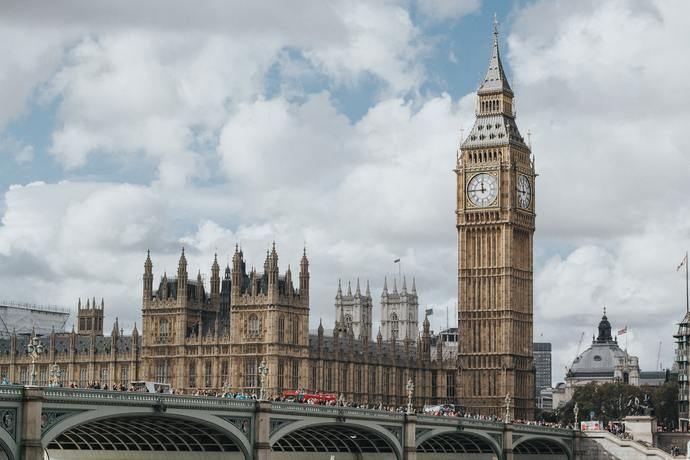 Reino Unido: Casi 200.000 profesionales del Sector temen por su empleo