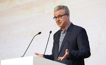 Martin Sirk destaca la importancia del Turismo MICE