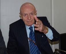 Abel Matutes preside la Mesa del Turismo