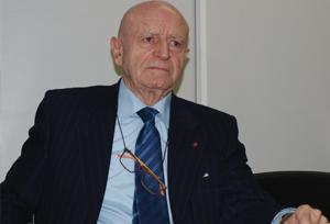 Abel Matutes: 'Un objetivo alcanzable en un plazo corto sería el 15% del PIB español'