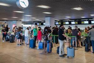 Los países europeos siguen implantando medidas a los turistas españoles