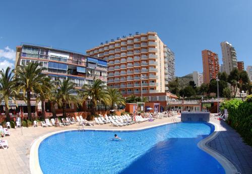 Los hoteles valencianos alcanzan un 52% de ocupación