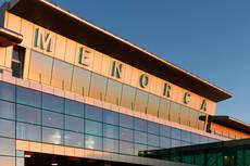 Graves problemas de conectividad aérea en Menorca