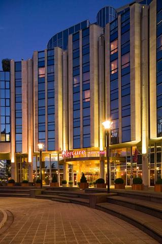 Hoteles mercure reforma su hotel paris boulogne nexotur - Mercure porte de saint cloud ...