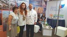 Doina de Campos, directora de Santo Domingo Destino Capital; Charo Trabado, CEO de GSAR Marketing - MITM Events; y Roberto Henríquez, presidente de la AHSD.