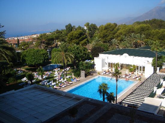 El hotel Los Monteros acomete una amplia reforma