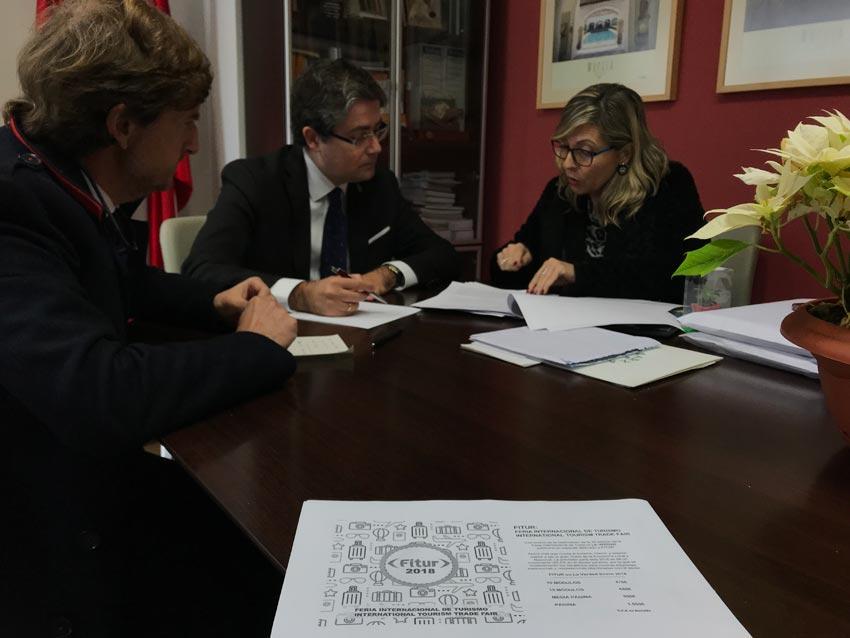 Murcia destacar el ave en su presencia en madrid nexotur for Oficina empleo murcia