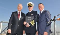 De izquierda a derecha: Bernard Meyer, el capitán Karl Staffan y Andy Stuart.