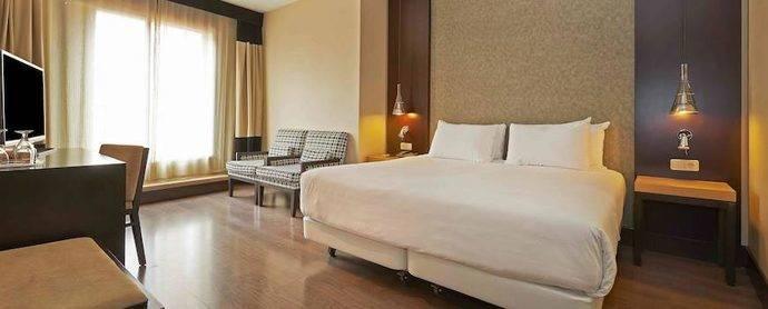 HNA vende parte de sus acciones de NH Hotel Group
