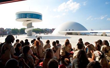 El Centro Niemeyer alcanza el equilibrio presupuestario