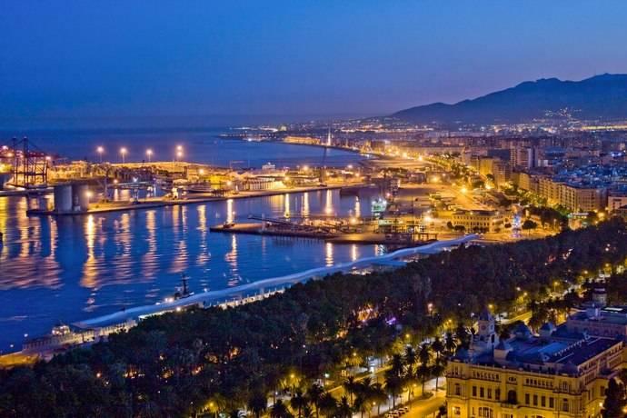Aehcos apoya la decisión de Málaga de modificar el horario de restricción