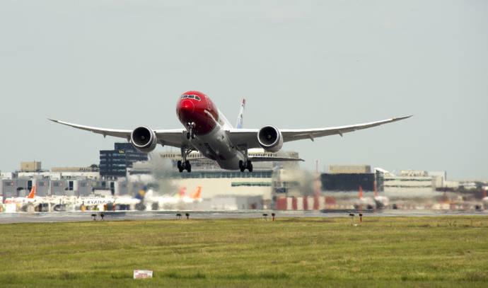 Norwegian operará vuelos directos entre Barcelona y EE UU