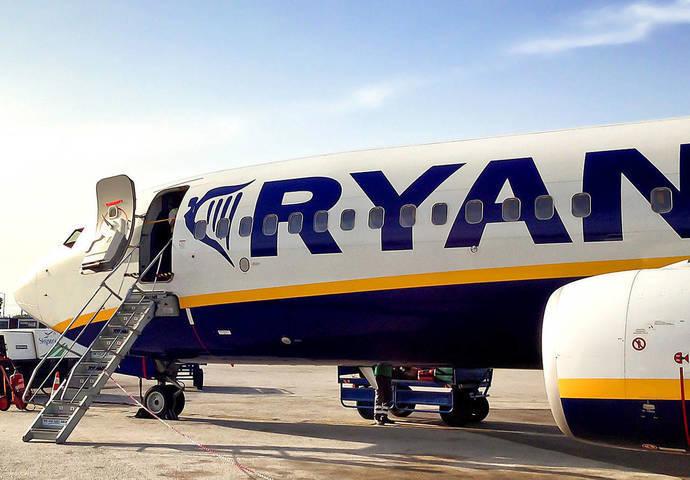 Acuerdo de Ryanair con los tripulantes de cabina de Italia
