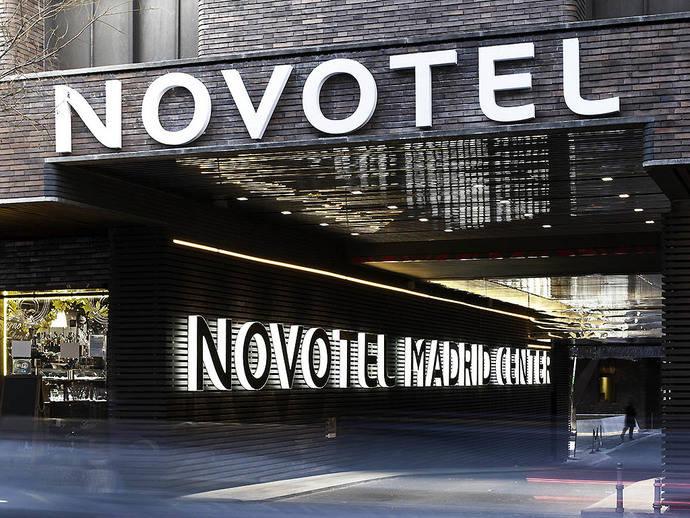 Novotel Madrid Center continua promocionando el arte