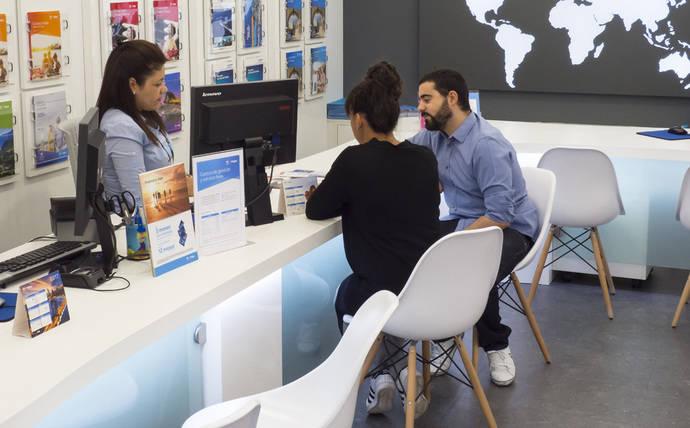 Braintrust: Solo el 8% de los jóvenes españoles compra en una agencia física