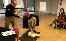 Los profesionales MICE se forman en cardioprotección