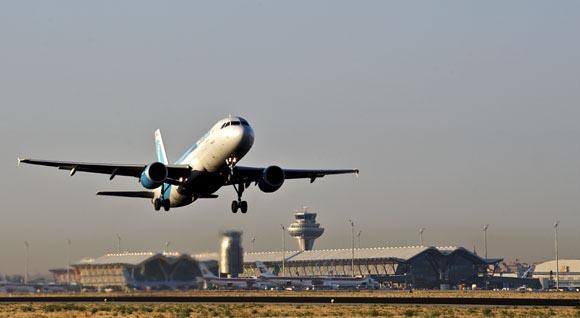 Heathrow, con dos pistas, 'opera más vuelos que Barajas'