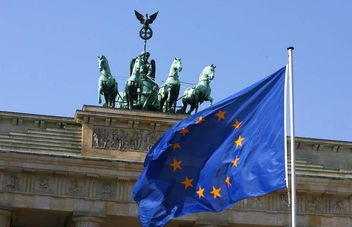 España se suma a impulsar la política turística europea