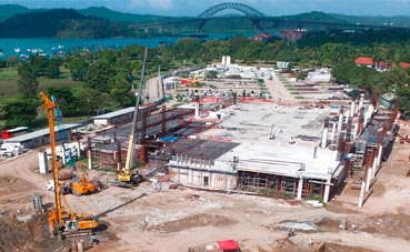 El Centro de Convenciones Amador, al 36%