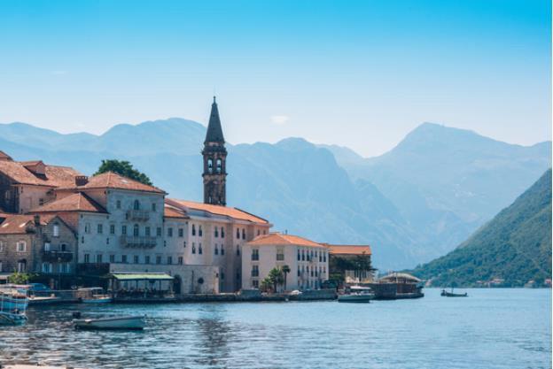 Iberostar adquiere un hotel en la bahía de Kotor