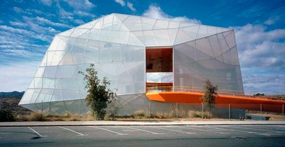 El presidente de Extremadura inaugura el Palacio de Congresos de Plasencia