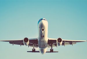 Los usuarios de avión caen un 91% en el mes de junio