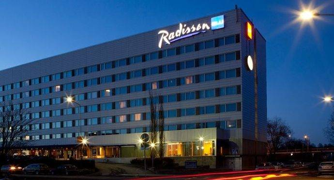 Radisson anuncia la firma de diez hoteles en EMEA