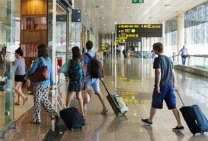 La reactivación turística no se traslada a los seguros, cuyas ventas se estancan