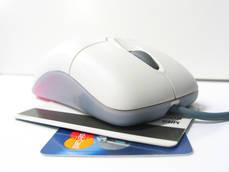 Suben un 11% los pagos con tarjeta de turistas en España
