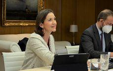 La ministra de Turismo, Reyes Maroto, junto al secretario de Estado de Turismo, Fernando Valdés.