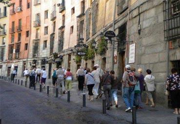 El fin del verano ralentiza las reservas en España