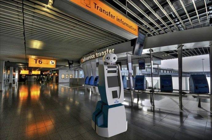 KLM presenta un robot para guiar a los pasajeros en conexión