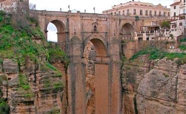 Andalucía extiende la declaración de municipio turístico