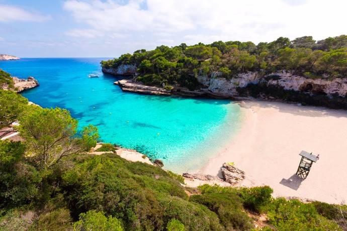 Rumbo: el destino España sube un 27% este verano