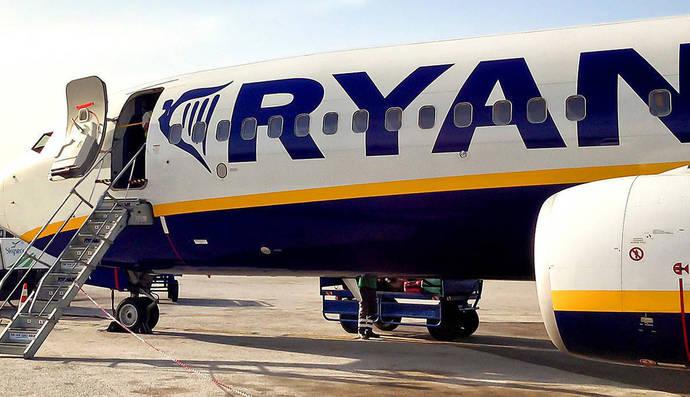 CEAV acusa a Ryanair de hacer 'dumping' para 'cargarse a la competencia'