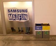 Contenedores de reciclaje.
