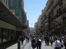 El principal reclamo de la capital es el Turismo de compras.