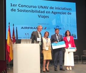 UNAV reconoce el trabajo de RSC de Sanander Viajes