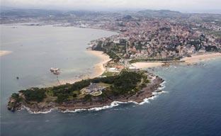 Santander sigue potenciando su oferta en el exterior