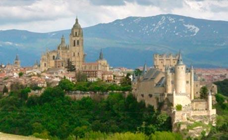 Dos millones de euros por el Segovia Convention Bureau