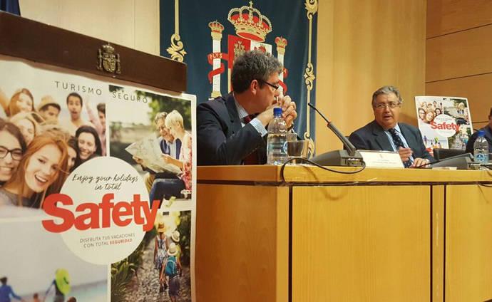 España blinda las zonas turísticas durante el verano