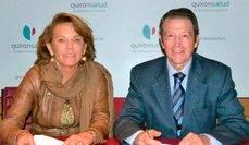 Pilar Serrano Moya y Arturo Serra, en la firma del acuerdo de colaboración.