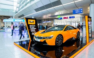 Sixt apuesta por la movilidad eléctrica con el BMW i8
