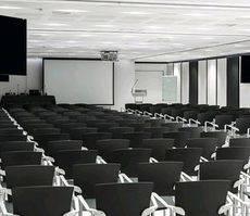 Uno de los espacios de reuniones del hotel Vincci SoMa, sede del evento.