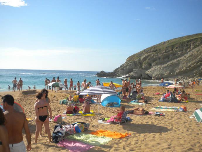Destinos de costa para los españoles e islas para el turista internacional