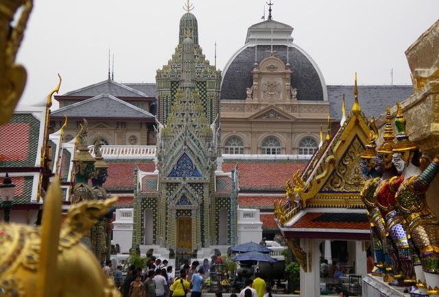 Tailandia recibe un 52% más de turistas españoles en 2015